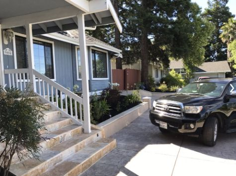 this image shows concrete stairs in encinitas