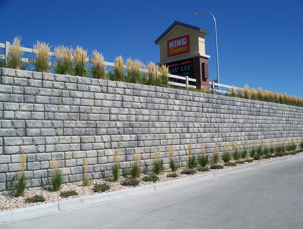 A picture of retaining wall in Encinitas